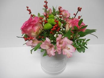 Květinový box v růžové